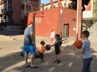 MonteLaa_Nachbarschaftstag-2017-6-Sport-Basketball-Basket2000-MonteLaa_Nachbarschaftstag-2017-5-Essbarer-LaaerBerg-20170519_173826-DSC_0125